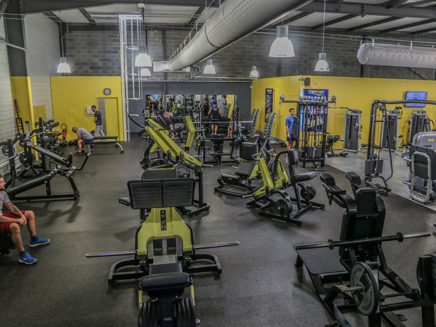 fitness park colomiers salles de. Black Bedroom Furniture Sets. Home Design Ideas