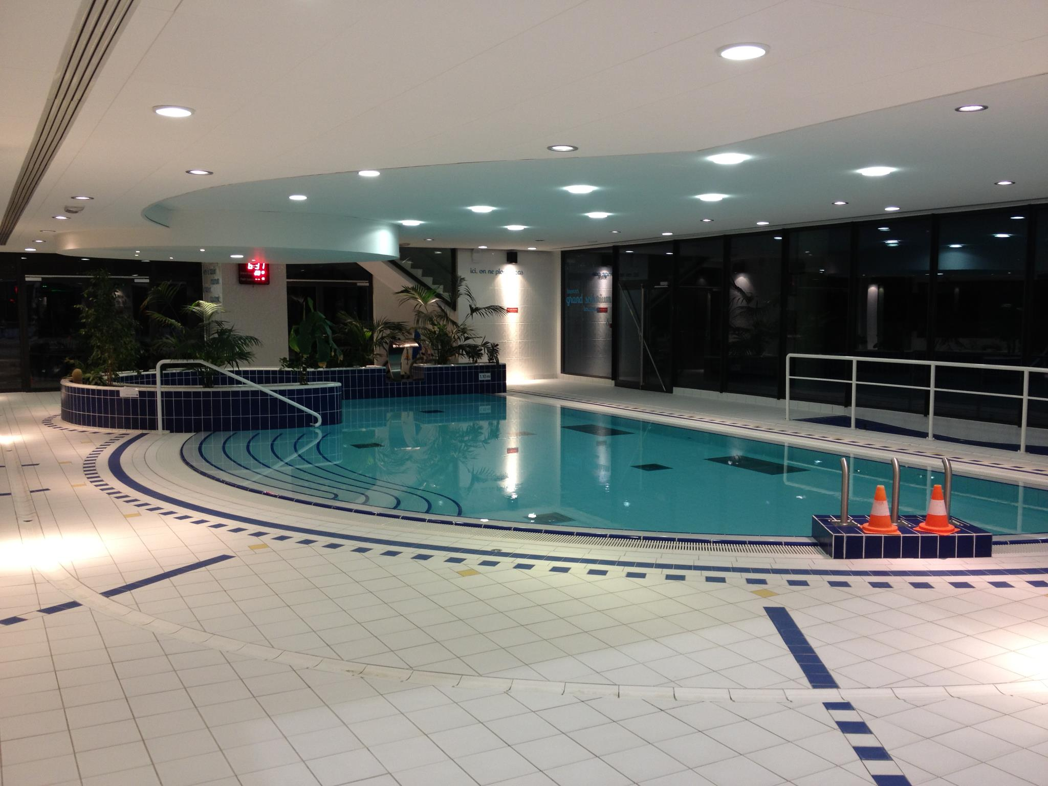 Centre Aquatique De Levallois Levallois Perret 15 Rue Raspail
