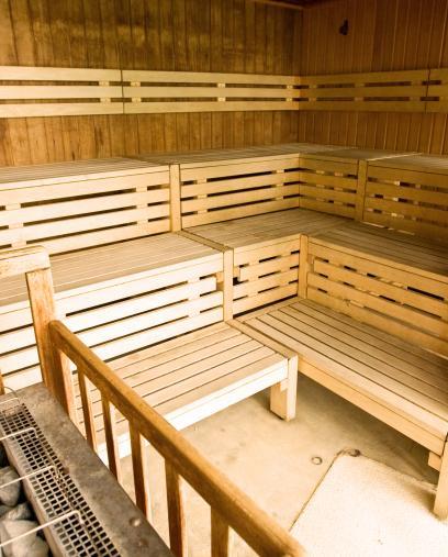 Forest hill paris salles de for Sauna piscine paris